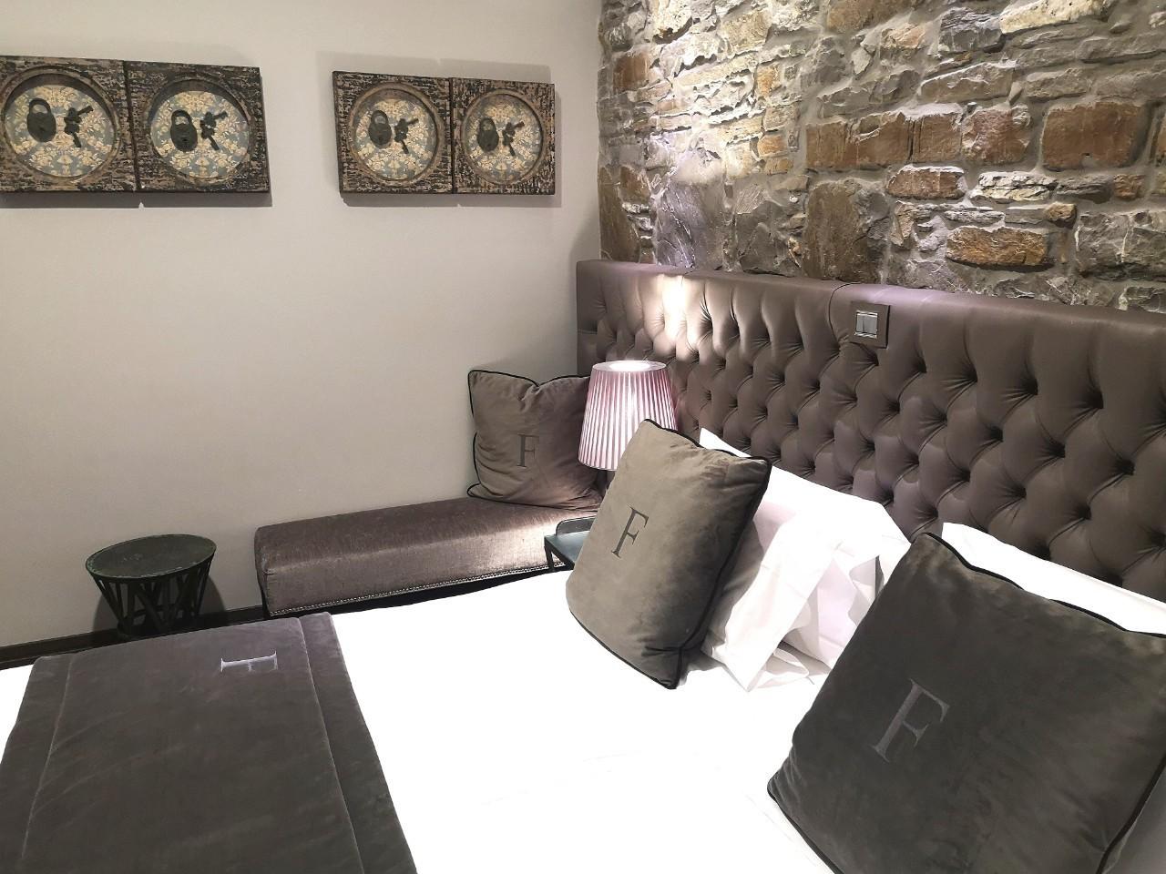 Classic Camera Doppia / Letto Matrimoniale / Letti Separati – FORVM BOUTIQUE HOTEL